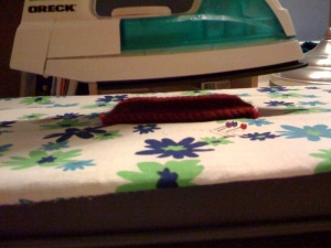 Hold the iron over the project, don't press it to it! The gap here could be lessened a bit, but it's tricky to do such photography while holding the iron.